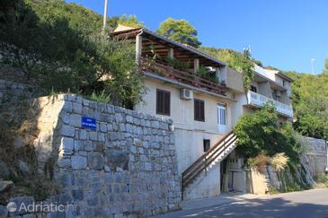 Lastovo, Lastovo, Property 8350 - Rooms with pebble beach.