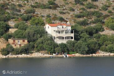 Skrivena Luka, Lastovo, Property 8352 - Apartments by the sea.