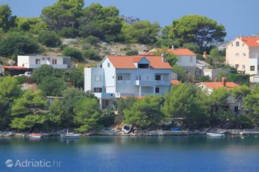 Skrivena Luka, Lastovo, Property 8359 - Apartments by the sea.