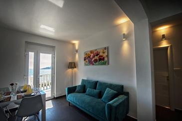 Zečevo Rtić, Obývacia izba v ubytovacej jednotke apartment, WiFi.