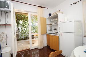 Apartments by the sea Žaborić, Šibenik - 8368