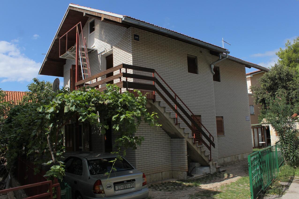 Ferienwohnung im Ort }abori (`ibenik), Kapazität 3+0 (1012534), Sibenik, , Dalmatien, Kroatien, Bild 1