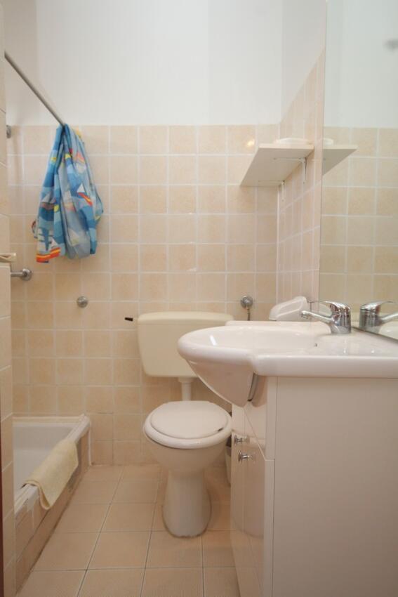 Holiday apartment Studio Appartment im Ort Tribunj (Vodice), Kapazität 2+1 (2143967), Tribunj, , Dalmatia, Croatia, picture 6