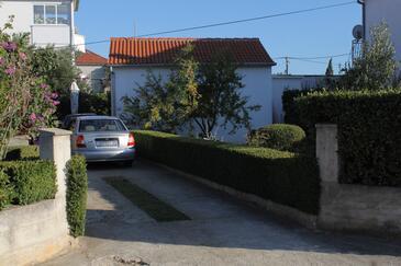 Biograd na Moru, Biograd, Property 8370 - Apartments with pebble beach.