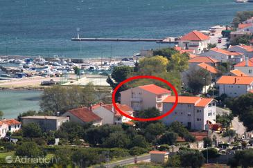 Tkon, Pašman, Property 8377 - Apartments and Rooms near sea with sandy beach.