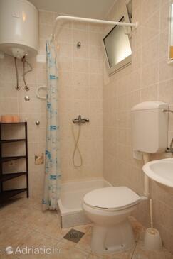 Bathroom    - A-8391-a