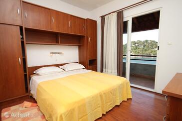Bedroom    - A-8393-a