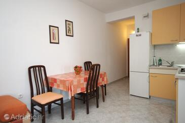 Dining room    - A-8393-a