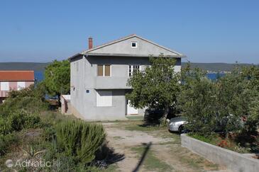 Neviđane, Pašman, Property 8394 - Apartments by the sea.