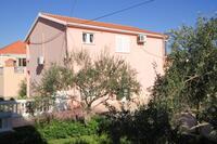 Apartments with a parking space Kukljica (Ugljan) - 8399