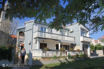 Kukljica, Ugljan, Property 8400 - Apartments near sea with pebble beach.