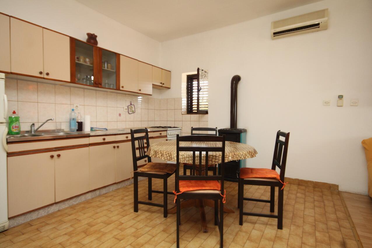Ferienwohnung Studio Appartment im Ort Neviane (Paaman), Kapazität 2+1 (1911707), Nevidane, Insel Pasman, Dalmatien, Kroatien, Bild 2