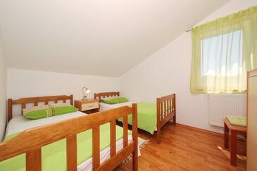 Bedroom 2   - K-8413