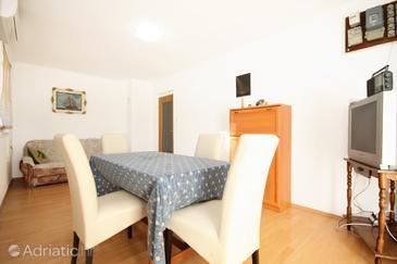 Mrljane, Dining room 1 in the house, dostupna klima, dopusteni kucni ljubimci i WIFI.