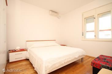 Ugljan, Bedroom in the room, dostupna klima i WIFI.