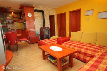 Preko, Camera di soggiorno nell'alloggi del tipo apartment, condizionatore disponibile, animali domestici ammessi e WiFi.