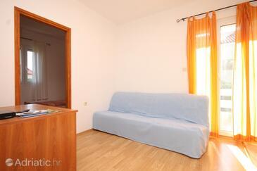 Ugljan, Living room in the apartment, dopusteni kucni ljubimci i WIFI.