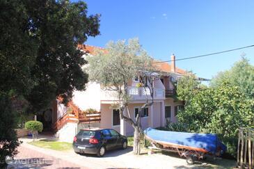 Muline, Ugljan, Property 8433 - Apartments near sea with pebble beach.