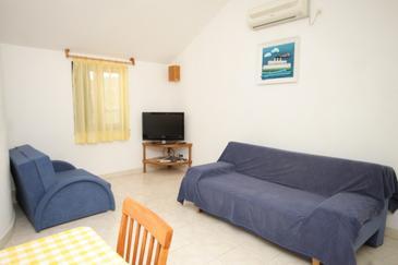 Preko, Dnevna soba v nastanitvi vrste apartment, dostopna klima in WiFi.