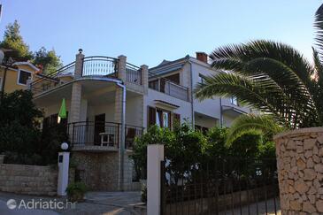 Okrug Gornji, Čiovo, Objekt 8441 - Ubytování v blízkosti moře s oblázkovou pláží.