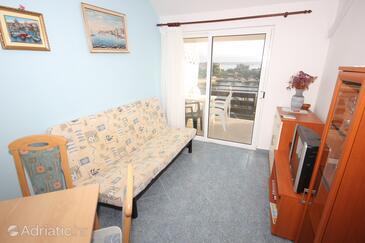 Poljana, Living room in the apartment, dostupna klima, dopusteni kucni ljubimci i WIFI.