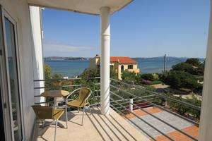 Apartments by the sea Tkon (Pašman) - 8458