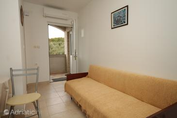 Mala Lamjana, Living room in the apartment, air condition available, (pet friendly) and WiFi.