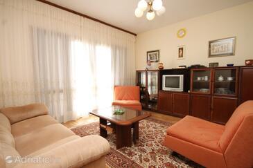 Ugljan, Living room in the apartment.