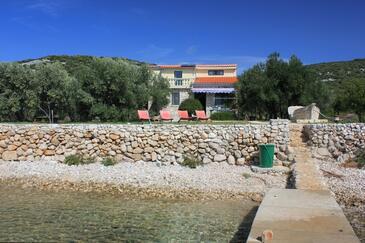 Soline, Pašman, Objekt 8482 - Počitniška hiša v bližini morja s kamnito plažo.