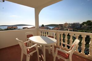 Apartments by the sea Rukavac (Vis) - 8488
