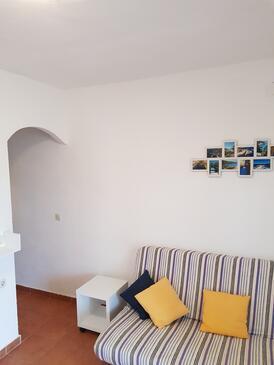 Rukavac, Living room in the apartment, dopusteni kucni ljubimci i WIFI.