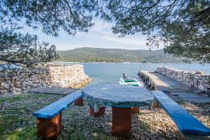Secluded fisherman's cottage Cove Lađin - Lanđin, Pašman - 8500