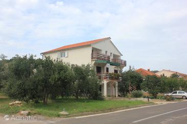 Kraj, Pašman, Szálláshely 8502 - Apartmanok homokos stranddal.