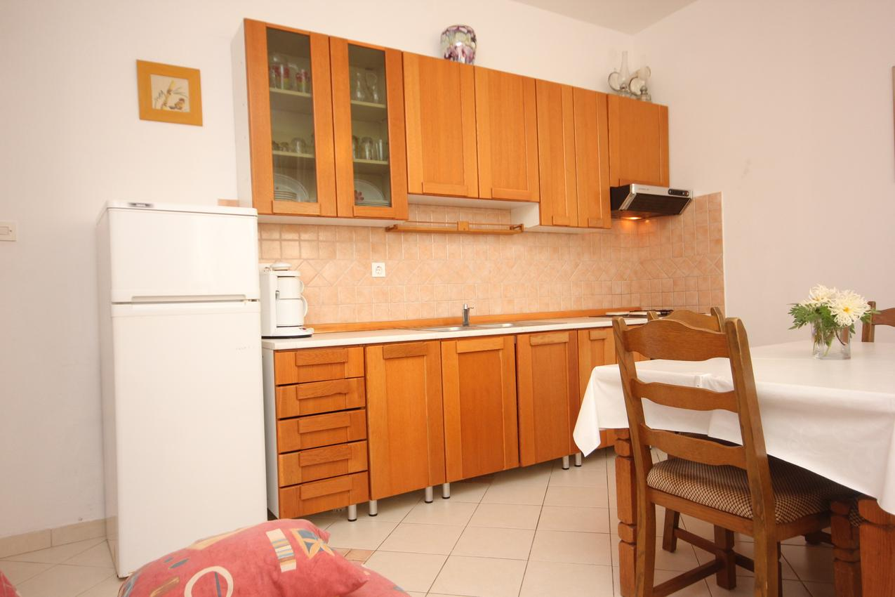 Ferienwohnung im Ort Kali (Ugljan), Kapazität 4+1 (1012461), Kali, Insel Ugljan, Dalmatien, Kroatien, Bild 5