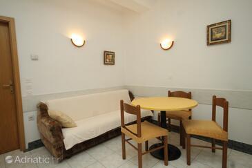 Preko, Living room in the apartment, dostupna klima i WIFI.