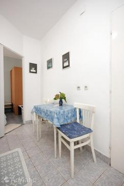 Ugljan, Dining room in the studio-apartment, (pet friendly) and WiFi.