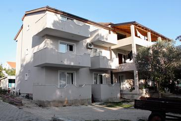 Turanj, Biograd, Property 852 - Apartments near sea with pebble beach.