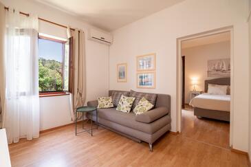 Muline, Wohnzimmer in folgender Unterkunftsart apartment, Klimaanlage vorhanden und WiFi.