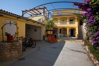 Apartments by the sea Poljana (Ugljan) - 8523