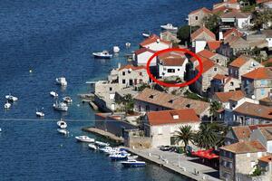 Appartamenti accanto al mare Lissa - Vis - 8525