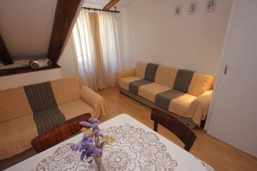 Komiža, Obývacia izba v ubytovacej jednotke apartment, WIFI.