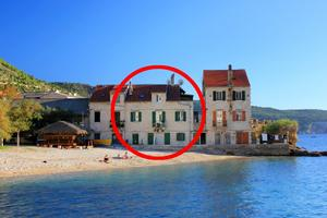 Apartments by the sea Komiža (Vis) - 8533