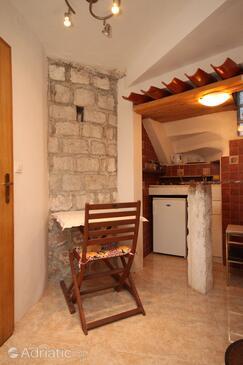 Dubrovnik, Dining room in the studio-apartment, WIFI.