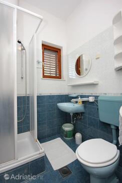 Bathroom 2   - A-8554-a