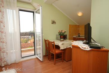 Mlini, Comedor in the studio-apartment, WiFi.