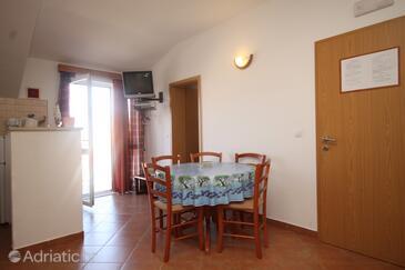 Cavtat, Столовая в размещении типа apartment, доступный кондиционер, Домашние животные допускаются и WiFi.