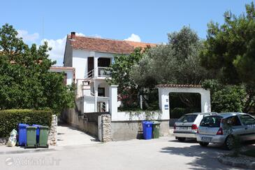 Biograd na Moru, Biograd, Property 858 - Apartments near sea with pebble beach.