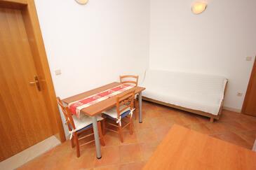 Dubrovnik, Jídelna v ubytování typu apartment, s klimatizací a WiFi.