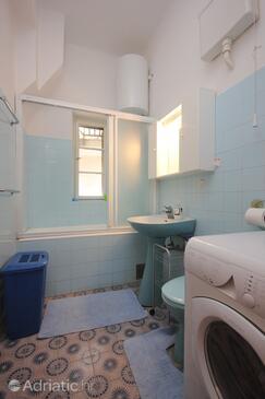 Bathroom 3   - A-8582-a