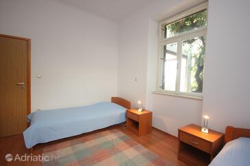 Bedroom 2   - A-8582-a